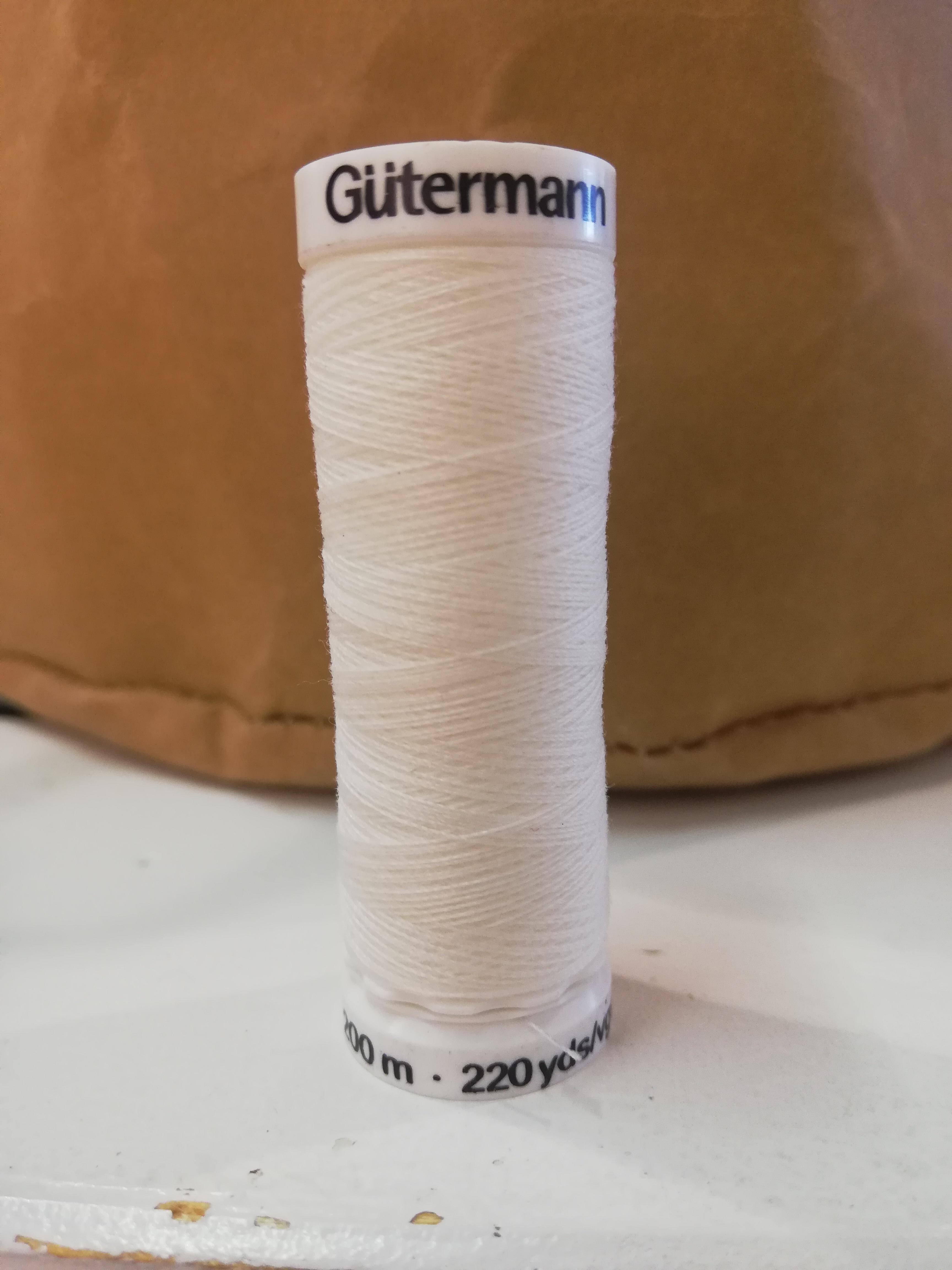 Gütermann 111 ivoor