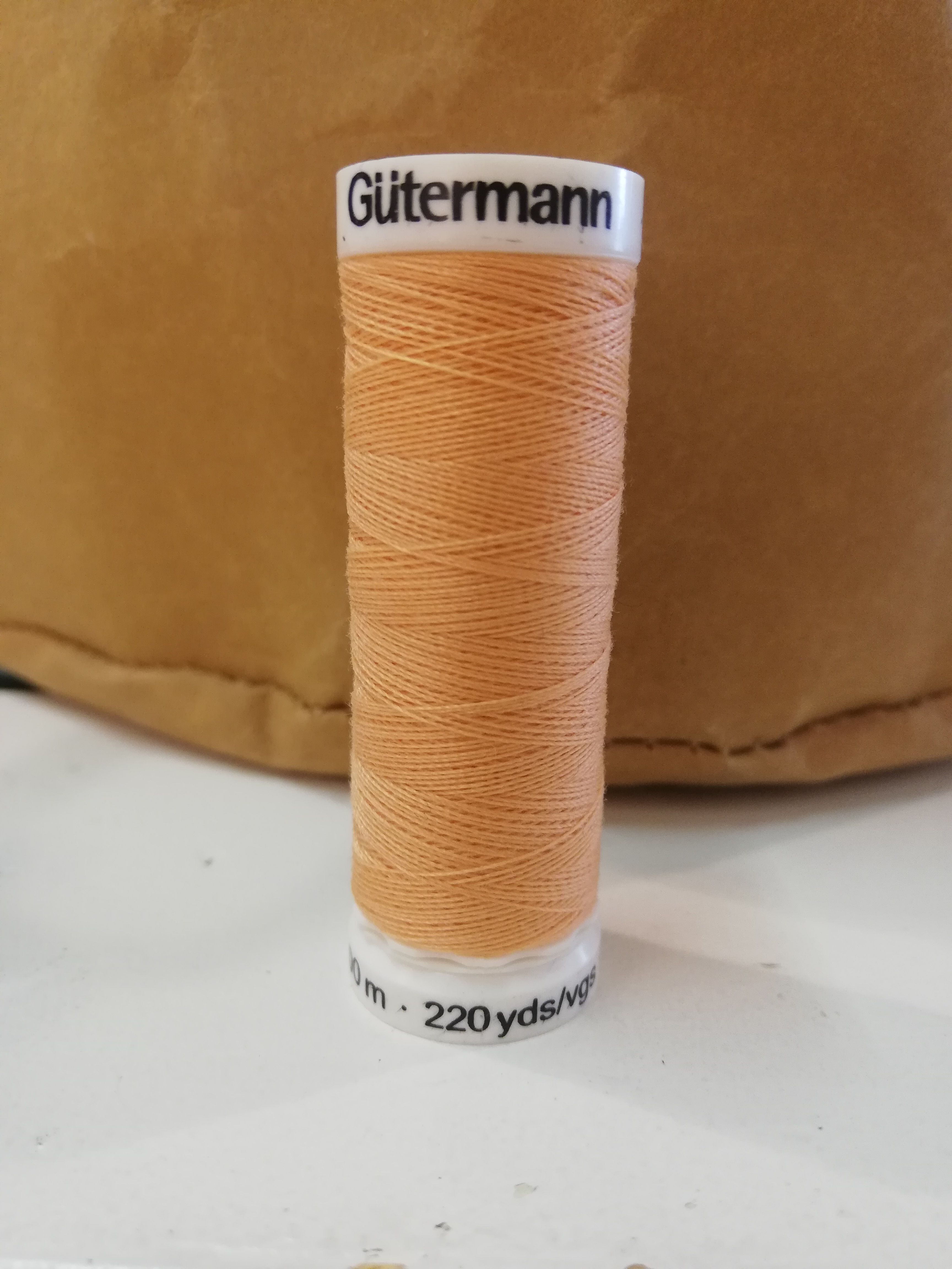 Gütermann 979 zalm