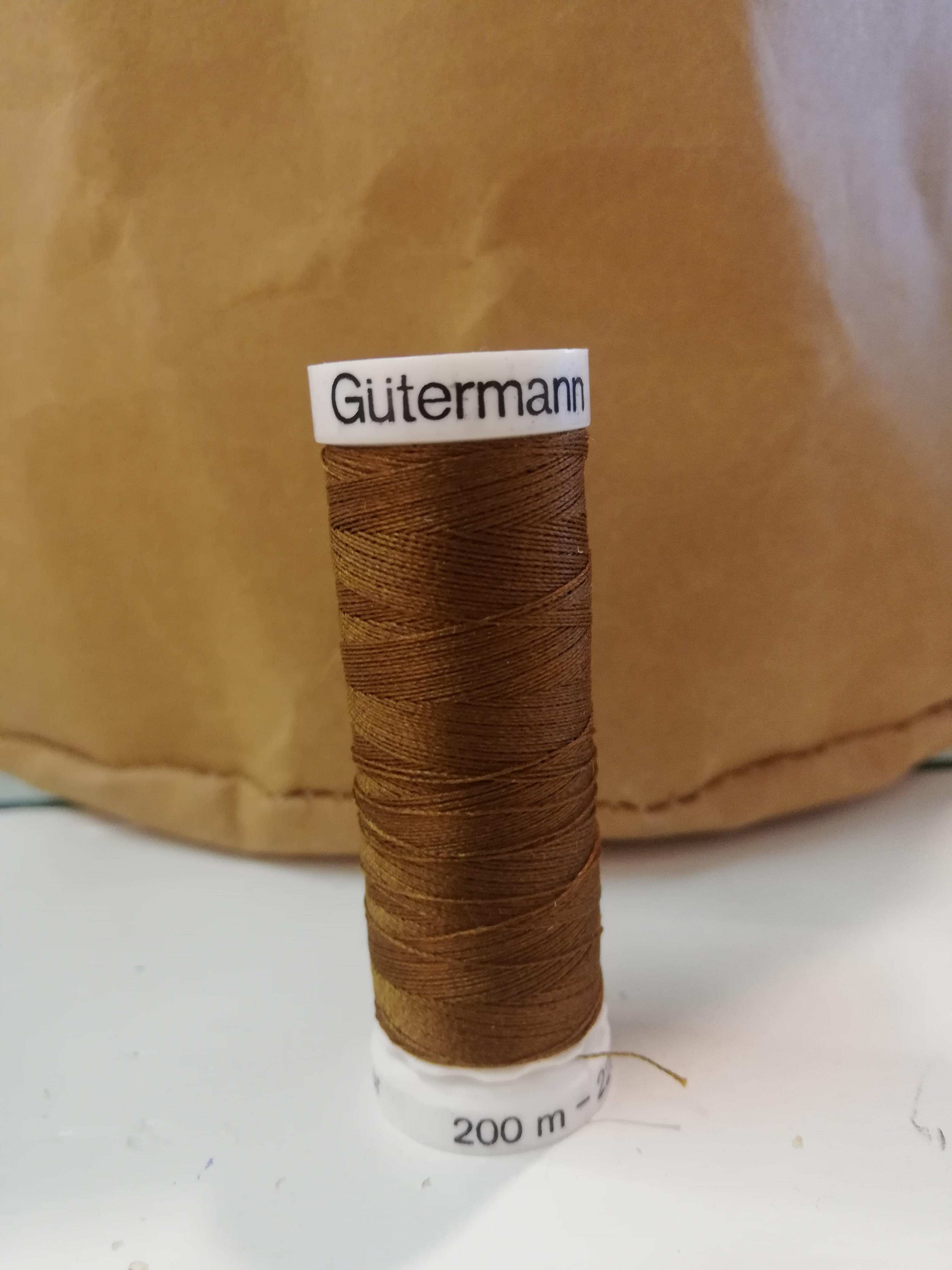 Gütermann 19 licht bruin