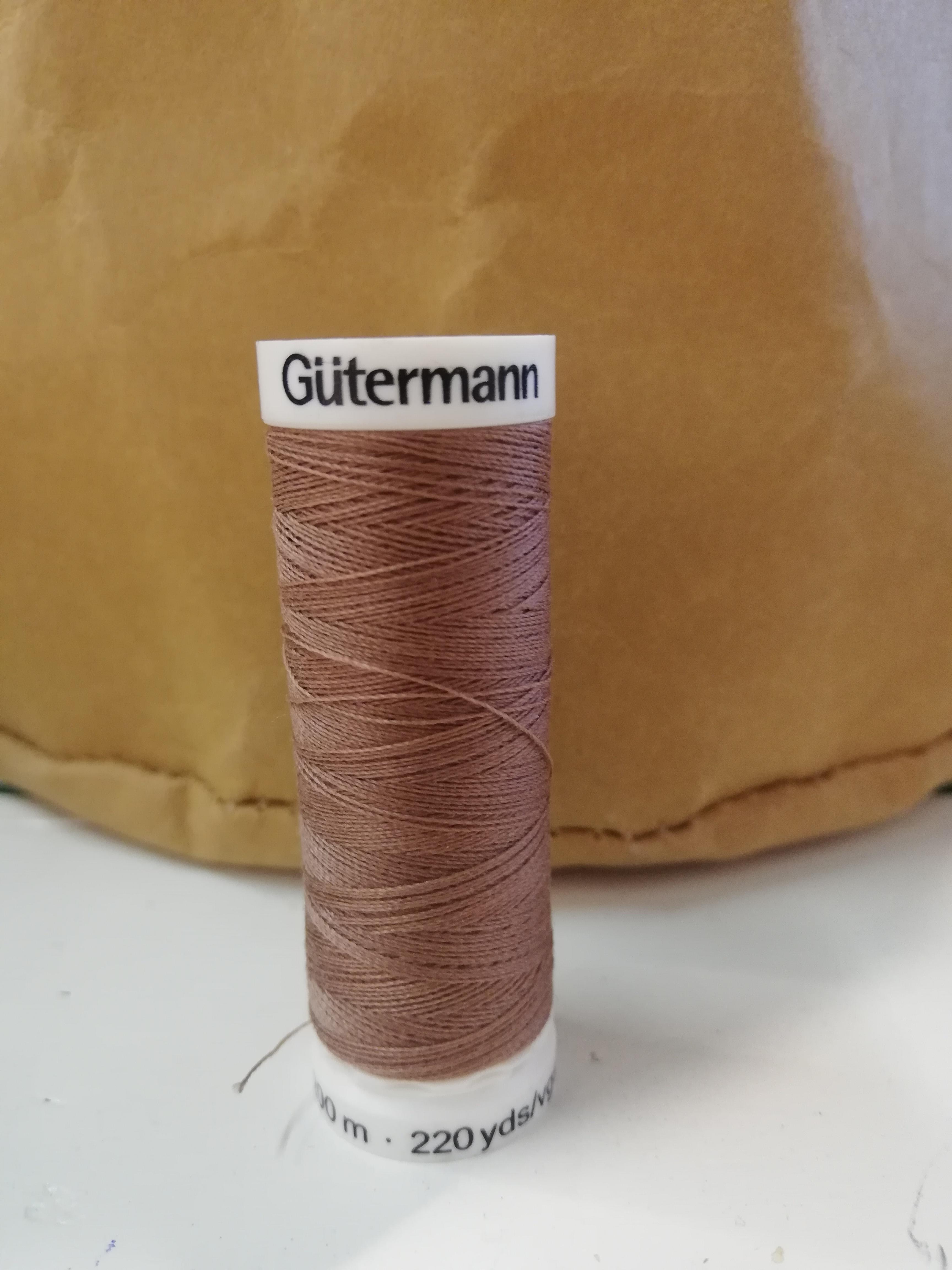 Gütermann 216 bruin